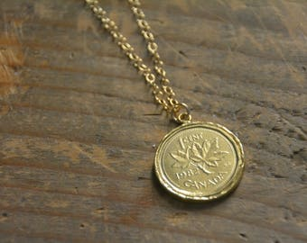 14k gold plated coin necklace, coin pendant necklace, gold medallion pendant necklace, layering gold necklace, round pendant necklace