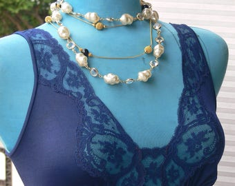 bridal wedding pearl  and crystal necklace