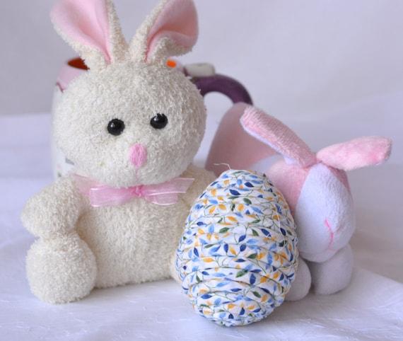 Easter Basket Filler, Easter Egg Ornament, Handmade Blue Egg Decor, Easter Decoration, Hand Coiled Fiber Easter Egg, Blue Floral Easter Egg