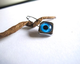 Diamond Shape Evil eye Pin
