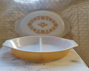 Vintage pyrex butterfly gold divided casserole dish with lid,  oval.  1 qt.