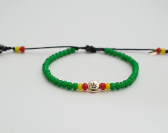 Green rasta  bracelet - adjustable cannabis bracelet - african beads - reggae bracelet - ganja bracelet  - rastafarian