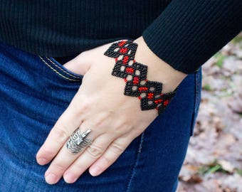 Red Black Bracelet Beaded, Womens bracelet Handmade bracelet Beadwork Seed Bead bracelet, handmade seed bead, Bead jewerly handicraft