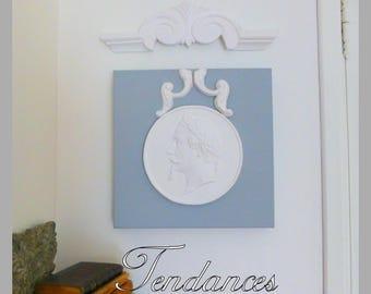 Profile on square canvas 30 x 30cm grey/white color & its White staff pediment
