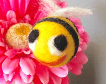 Bumble bee houseplant stakes for homedecor livingroom accessory needlefelted honey bee felted animal gift