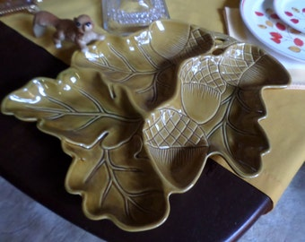 "Vintage Roscher Honey-Oak & Acorn Collection 16"" x 11"" Divided Serving/Relish Tray/Platter/Two 9 1/2"" x 7 1/2"" Snack Plates"