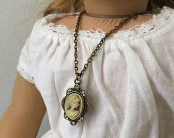 "Cameo 18"" Doll Necklace"