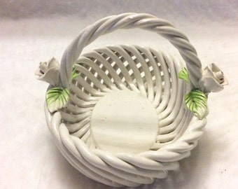 Whtie lattice roped porcelain Italy basket with roses. Free ship to US.