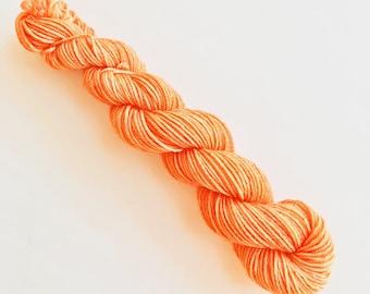 PAPAYA hand dyed yarn mini skein. sock fingering yarn, merino wool superwash knitting embroidery. 4 ply. fruity light orange yarn