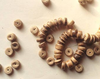 Set of beads form of coconut shell bead