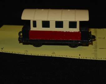 1978 Matchbox Superfast NO 44   Passenger Coach England, Lesney , offered by FamilyBlessingCo