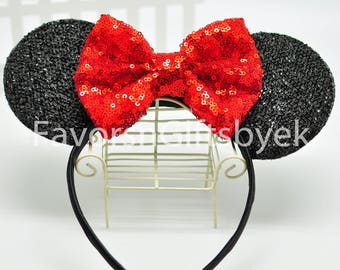 1 Sparkly Minnie with RED jumbo bow LIGHT UP