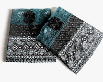 Folklore cuffs black petrol from lace