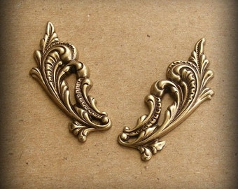 LuxeOrnaments Oxidized Brass Stamping  Ornate Leaves Left and Right (1 pair) T235-VJS F-352