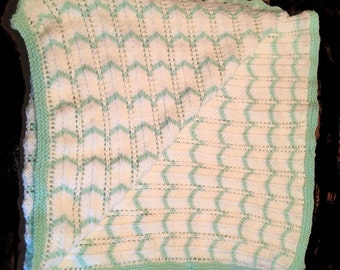 Tri-colored Kitted Baby Blanket