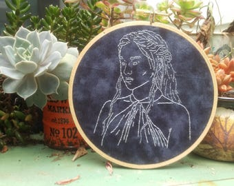 Daenerys Targaryen Portrait *Handmade*