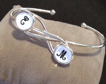 Personalized Bangle - infinity symbol - cabochon - gift idea - mothers day