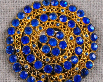 Medalion Style Pendant with Brilliant Blue Stones