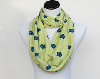 Owl scarf, Infant Toddler Scarf, Adult scarf bird print scarf Owl infinity scarf Matching Scarf for Mom & Child light green blue scarf