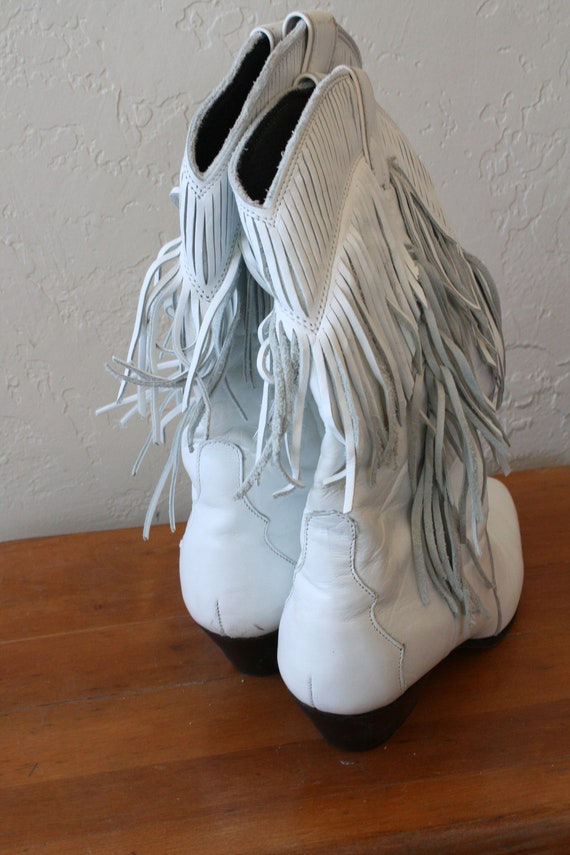 Vintage Leather Fringed Boots 80s Western Leather Boots Womens 7 Bad Boots Fringe Laredo Kicker Ass Boots White Boots zw4dfqw
