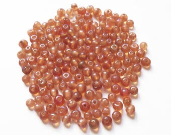 100 round beads pink glass iridescent lined 4mm