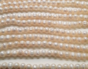 Natural White Pearls Round/Potato Faceted 8mm