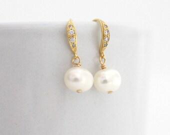 Gold Pearl Bridal Earring, Pearl Drop Earrings Gold, Bridal Pearl Earrings, Bridesmaid Pearl Earrings, Gold Wedding Earrings Pearl, Classic