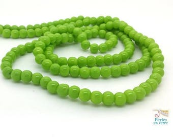50 glass beads 6mm Apple green (pv719)