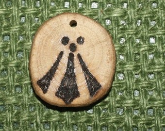 English Oak Wood Awen Druid Pendant - Sacred Tree of the Druids, for Strength And Inspiration - Pagan Pendant with Cord