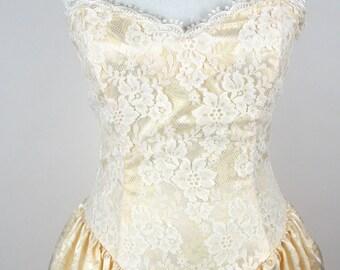 Vintage 1980's Belle or Jane Bound Multilayered Lace Dress