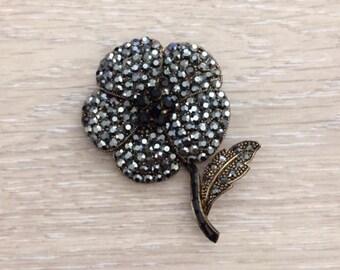 Rhinestone Flower Brooch, Bridal Brooch, Rhinestone Brooch, 1 pc