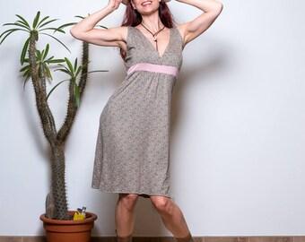 Kleid, Boho Kleid, Sommerkleid, Grüne Jersey Kleid, Kleid mit Blumenmuster, Empire Kleid, Festival Kleid, Knielanges Kleid, Träger Kleid