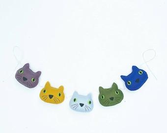 Cute gender neutral cat garland