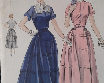 Vintage 50s Tiered Tucked Lacy Yoke Shirtwaist Dress New Look Vogue Sewing Pattern 6720 B30