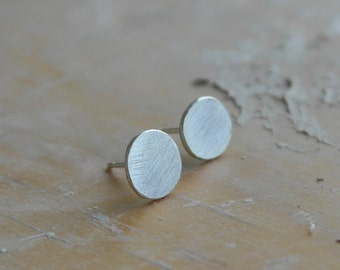 Round earrings in sterling silver boho earrings circle stud earrings silver studs geometric earrings minimalist earrings - amejewels