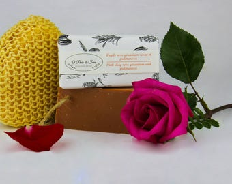Pink Clay SOAP. 100% natural vegan and handmade with rose, geranium and palmarosa for dry sensitive mature or devitalized skin