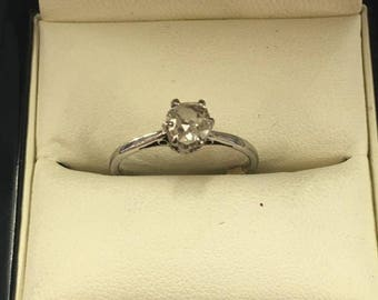 18ct White Gold 50pt Diamond Engagement Solitaire Ring Size Size M 1/2