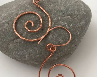 Zoe Copper swirl earrings