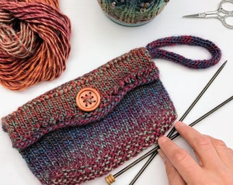 Wrist Purse Knitting Pattern PDF. Measures 8 inches long by 4 inches high. Easy to make this weekend!