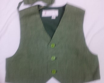 Toddler Boy's Vest and Bowtie - Size 2,3,4,5