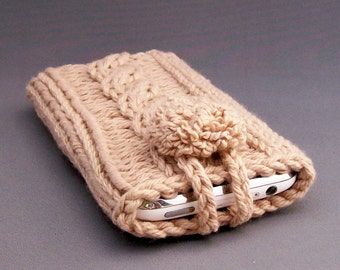Cell Phone Case for the iPhone 4 to 7 Samsung Galaxy s3. s4, S5,s6,s7 Smart Phone Handknit Crochet Camel Covered Button Gadget Case