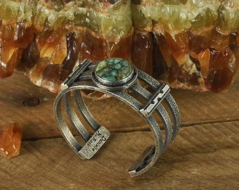 Spiderweb Gem Silica Sterling Silver Cuff Bracelet (XS)