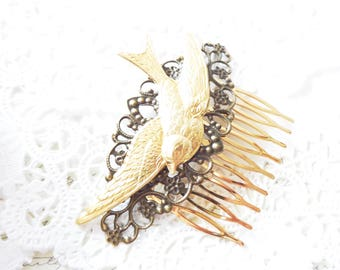 Gold Sparrow Hair Comb - Flying Swallow Hair Comb - Large Bird Hair Comb - Woodland Hair Comb - Bridal Sparrow Hair Comb - Filigree Comb