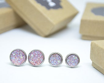 Druzy cabochon earrings / pale pink / 8 mm or 10 mm to choose