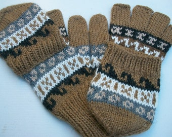 Alpaca glittens. Convertible mittens. Only 3 colors available now. Black, tan, brown.