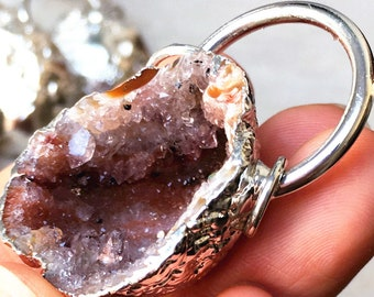 Silver Ring Half Agate Geode Druzy Drusy Pendant Charm with Silver Plated, Silver Geode Agate Druzzy Pendant with 2 ring (S8_B62)