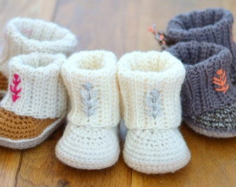 CROCHET PATTERN Baby Booties Baby Uggs with Rib Cuffs 4 Sizes Easy  Baby Boots Photo Tutorial Digital File Instant Download