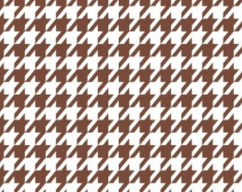 Black & Tan - Houndstooth in Cognac from Camelot Cottons