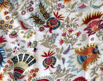 fabric, white and multicolor cotton, large PAISLEY collection.