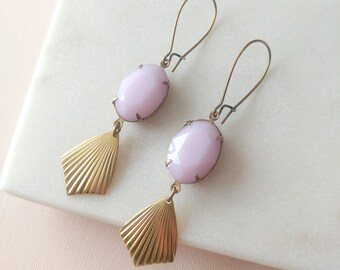Pink Alabaster Earrings Art Deco Drops - Pink and gold - Opal pink - Ribbed Brass - Nausica Earrings (SD549)
